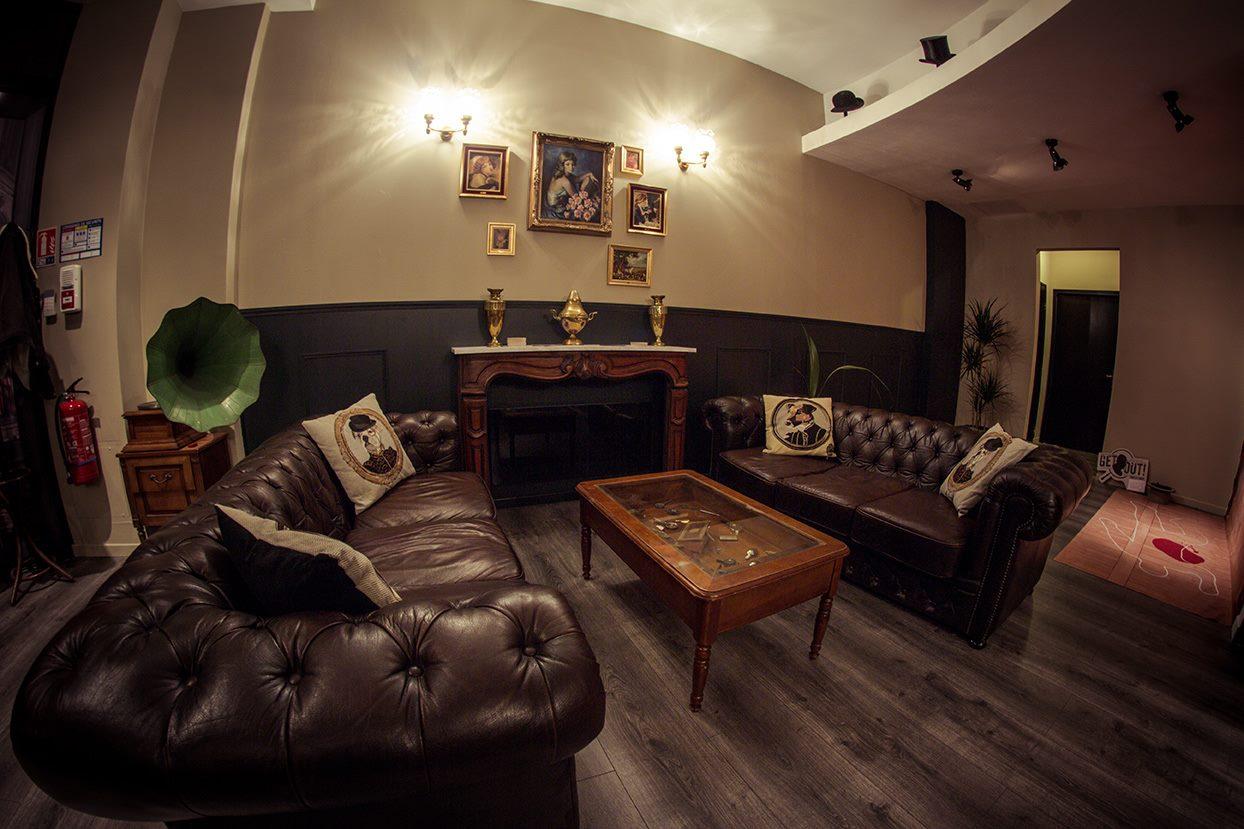 get out lille vous n 39 avez qu 39 une heure pour vous chapper les cachotteries de lille. Black Bedroom Furniture Sets. Home Design Ideas